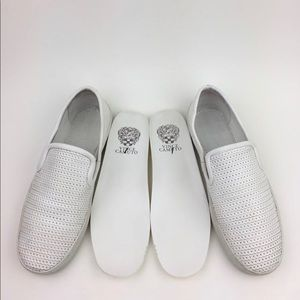 VINCE CAMUTO Cariana Slip-On Sneaker SZ 7M